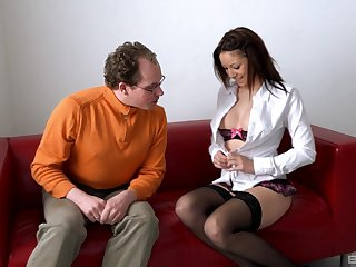 Natalie Hot gets her pussy disjointed before hard copulation upon horny dude
