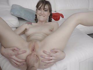 Teen Gaping Anal On Christmas