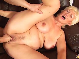 68 years old mummy rough fist fucked