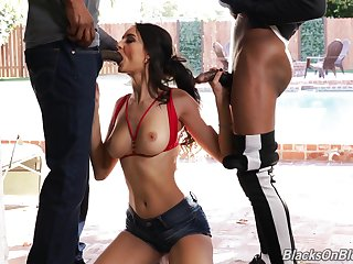 Super sexy Come together girl Eliza Ibarra is fucked and jizzed by two black guys
