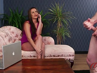 CFNM porn video with sexy Sarah Snow in high heels gives habitual user