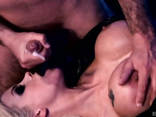 Horse feathers abysm pussy increased by ass shagging with Delta White & Gabriela Glazer