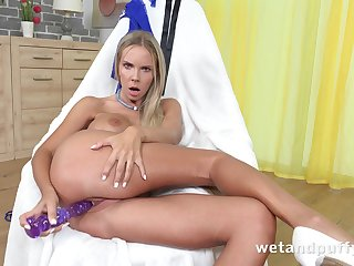 Forsaken sexy busty babe Florane Russel just loves inserting toy into her slit